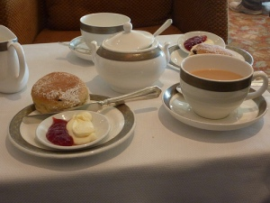 QM2 - Afternoon Tea