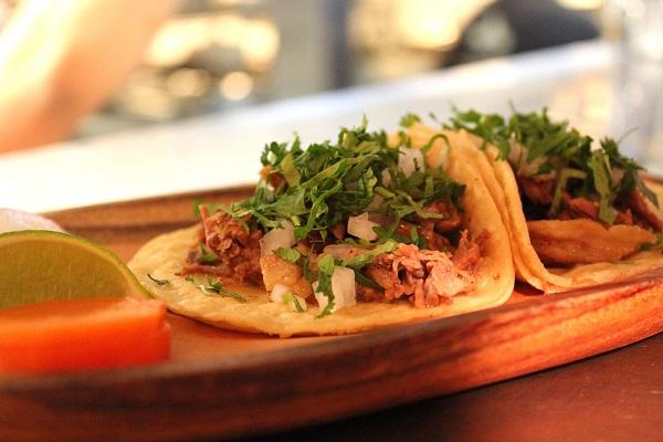 Casa Enrique - 02 - Soft Tacos de Tinga