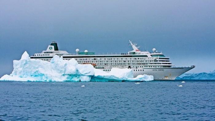 Crystal Symphony Antarctica
