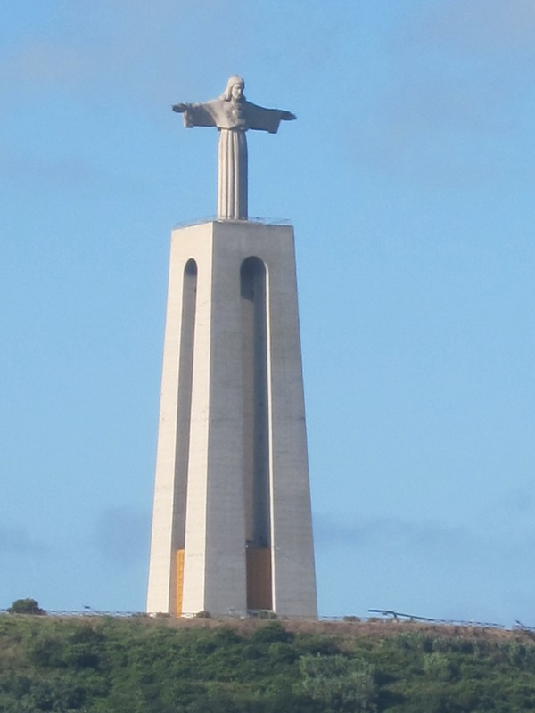 statue-02