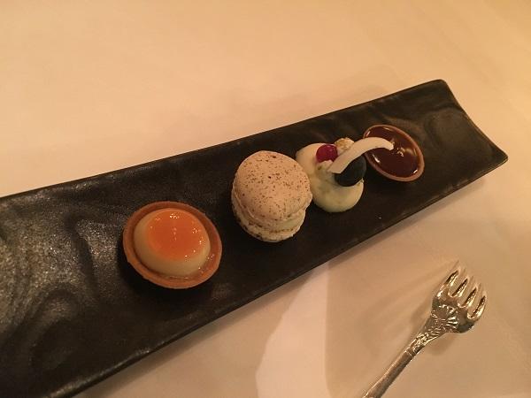 dessert-01-petits-four