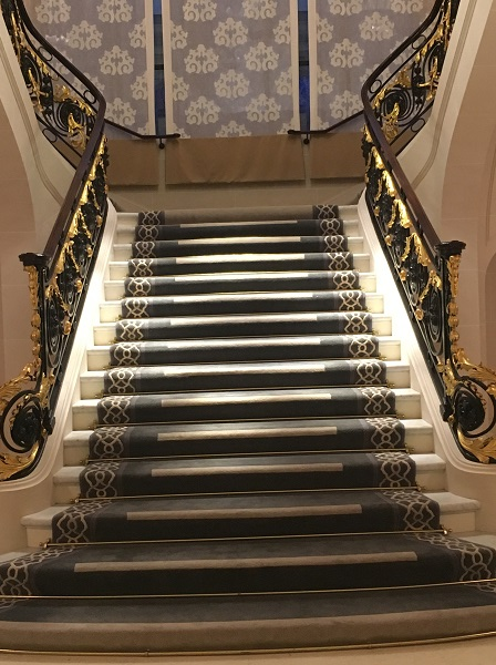 peninsula-grand-staircase