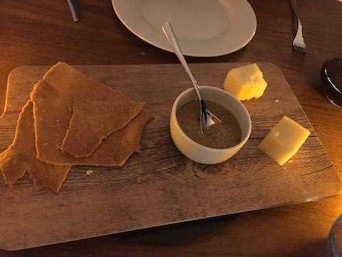 2017-04-18 - 06 - Keller Colonnade Cheese