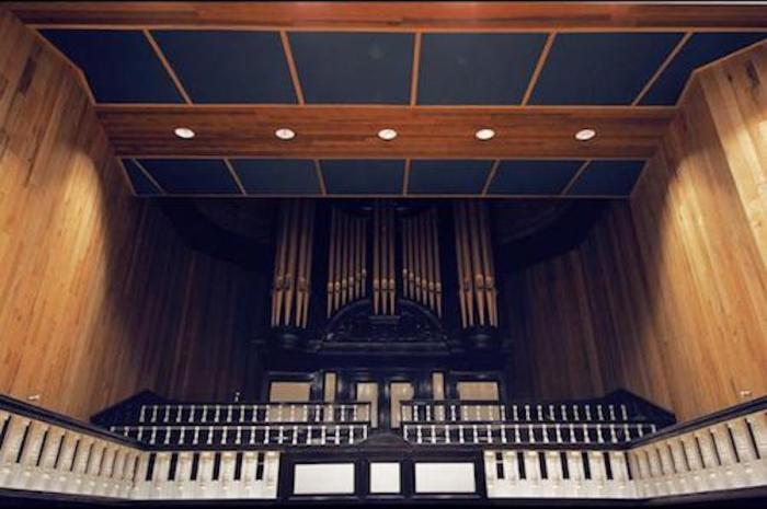 Studio 1 - Organ