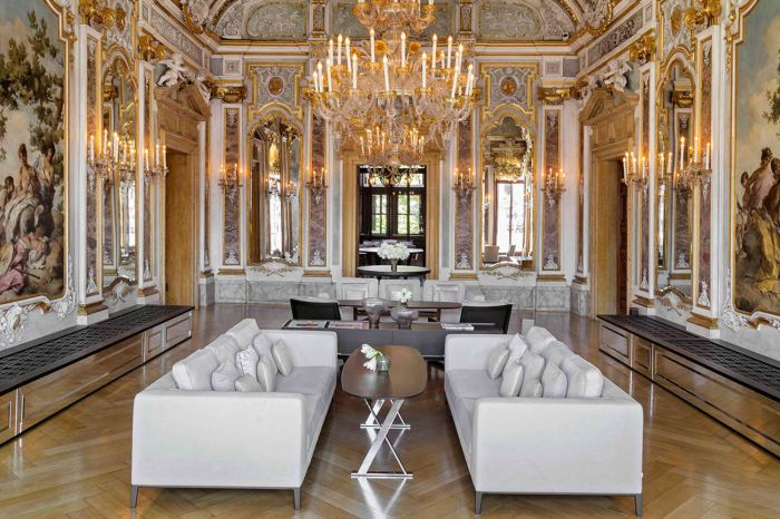 Aman Venice Mirror Lounge